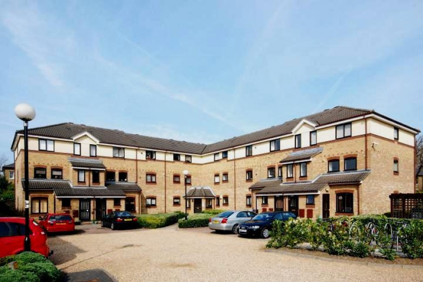 Images for Gainsborough Court, Chaseley Drive, Chiswick